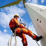 Cleaning up the hydraulic oil leak at the Chelker wind turbines